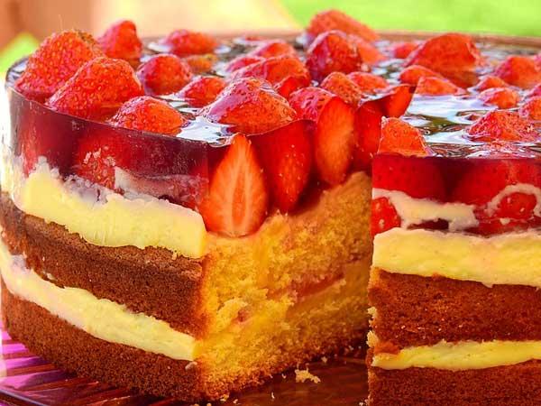 Erdbeertorte - lecker mit gesunden Früchten